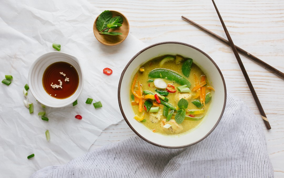SPICY LAKSA WITH COURGETTE NOODLES